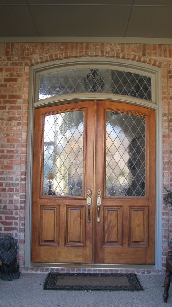 Arched Wood Entrance Door with Legged Diamond Pattern Glass and Transom - Entrance