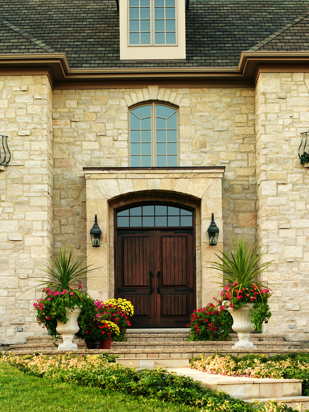 Straightline Wood Andersen Door with Arched Transom - Entrance