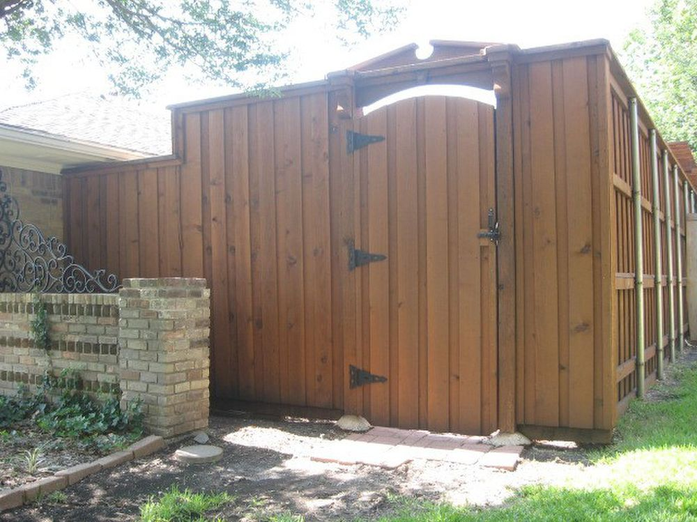 Custom Board on Board Stained Cedar Fence with Gate - Fencing