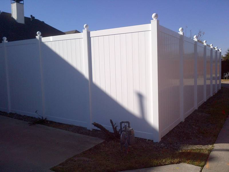 Oversized White Vinyl Fencing - Fencing