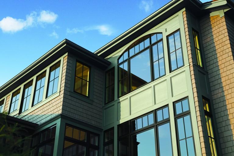 Andersen Series Exterior Casement Window Black Exterior - Casement