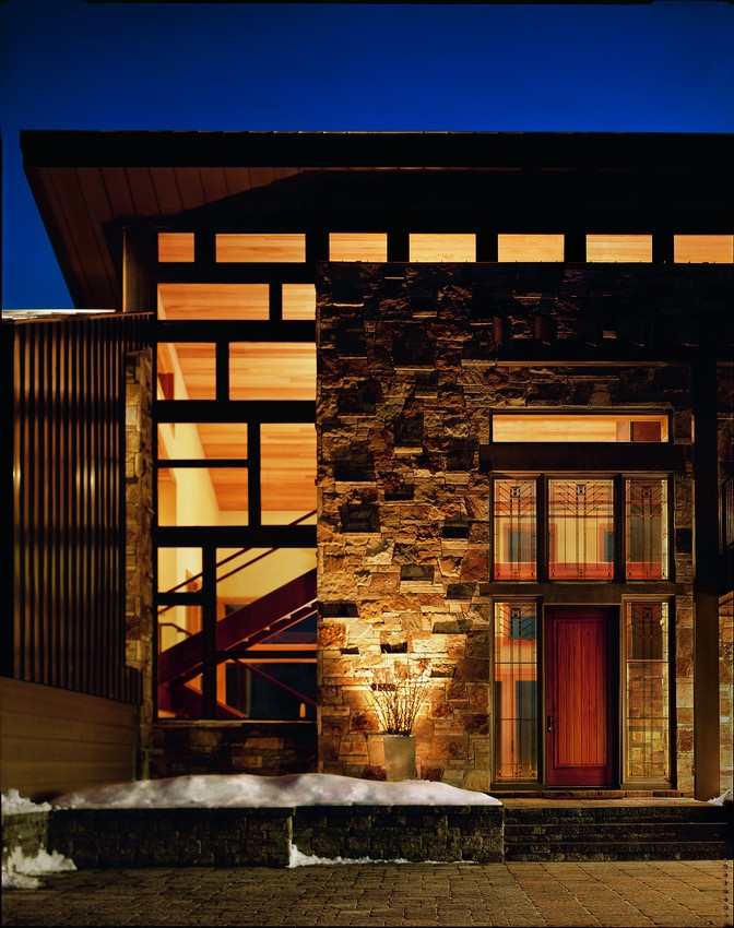 Contemporary Home with Andersen 400 Series Woodclad Casement Picture Windows - Casement