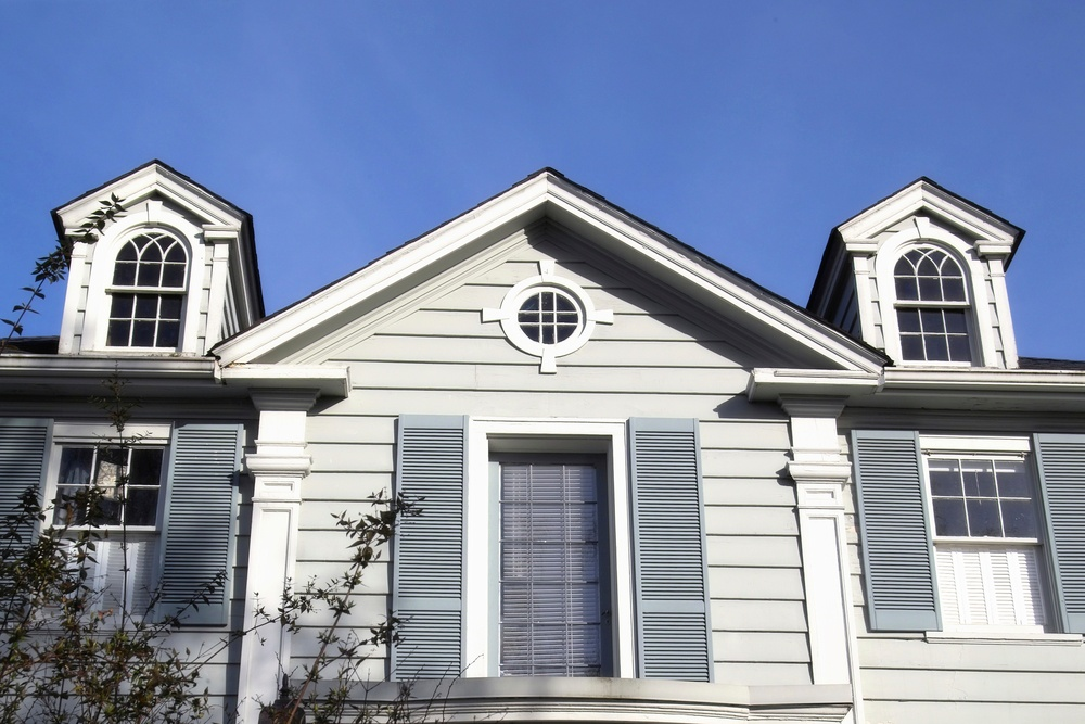 White Colonial Arched Top Windows with Colonial SDL Grids Windows -